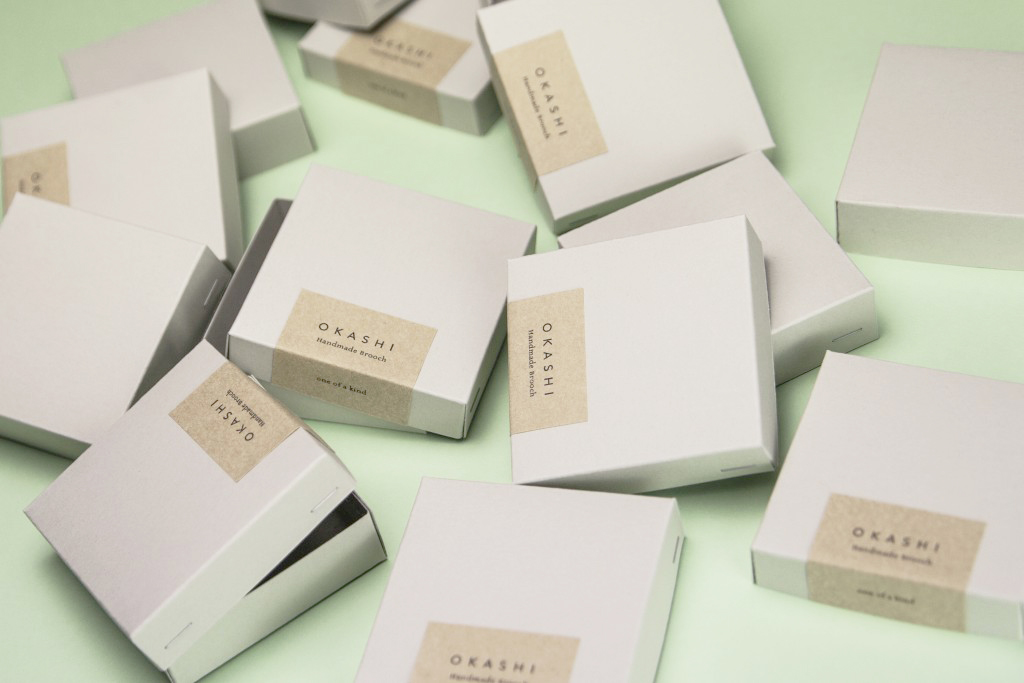 Photographie des broches de Yoko Homareda